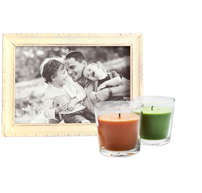 FAQ Image - Picture Frame and Candles